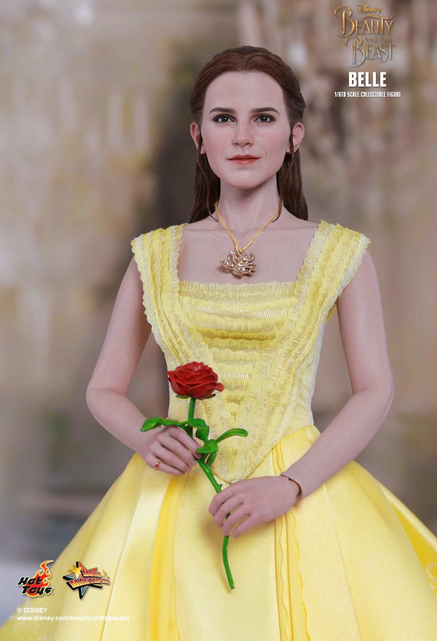JualHotToys.com Toko JUAL HOT TOYS Belle Beauty And The Beast MMS422 1/6 Movie Action Figure Harga Murah - MISB Produk Distributor Resmi Jakarta Indonesia